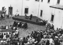 1984 m.